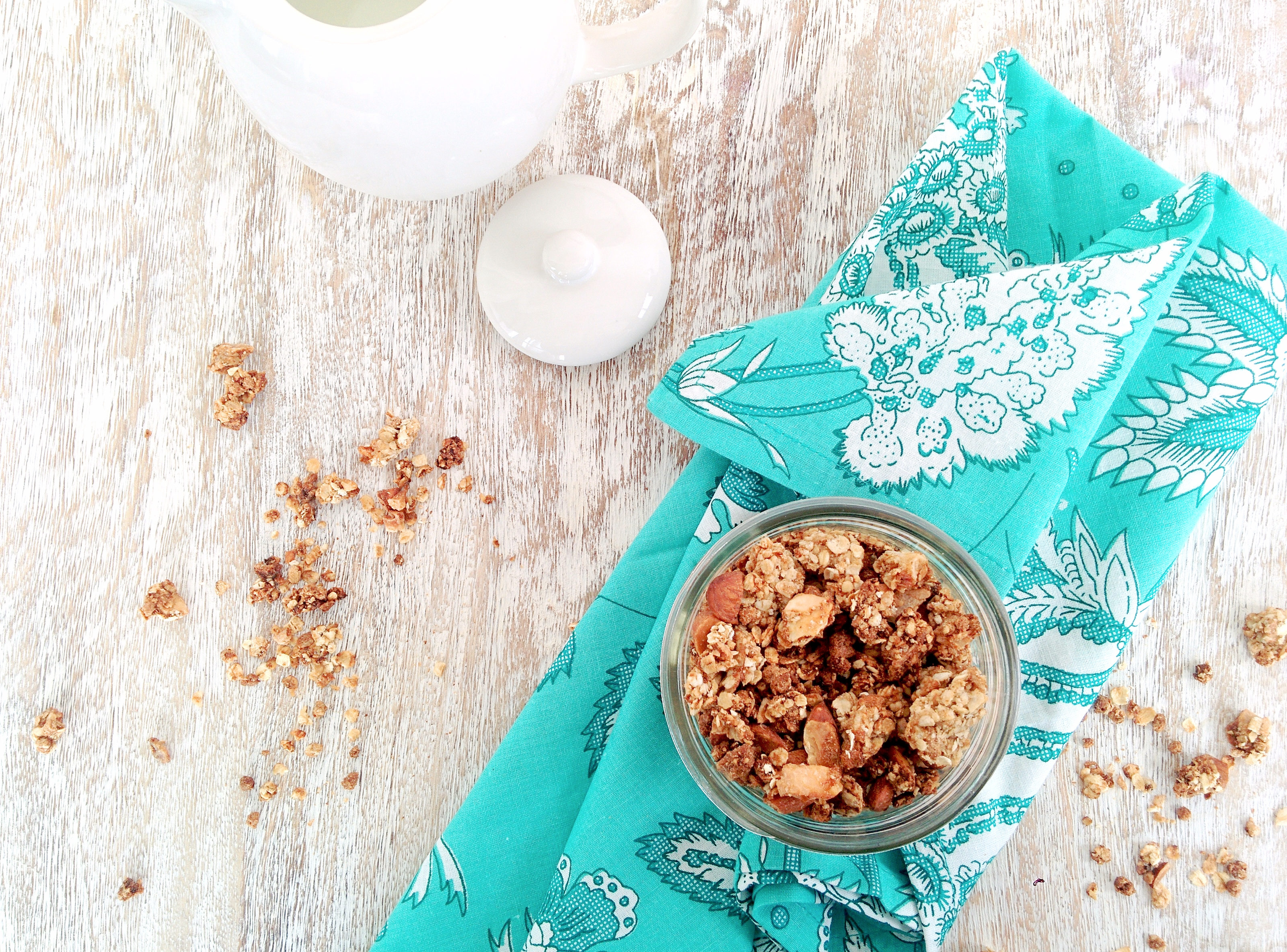 coconut almond granola 2