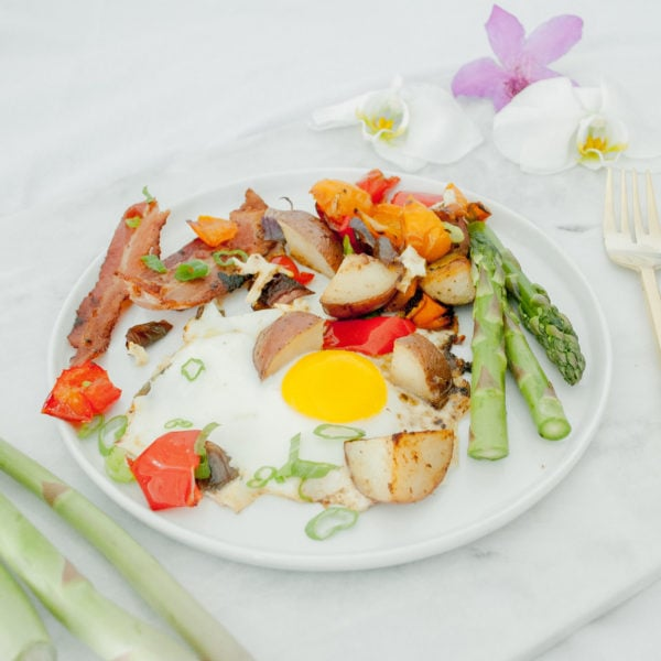 One Pan Bacon and Egg Breakfast Hash