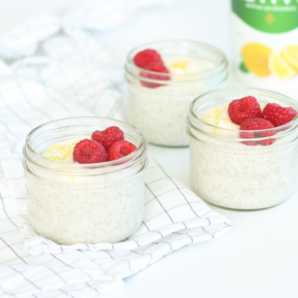 Easy Lemon Coconut Chia Pudding (4 Ingredients)